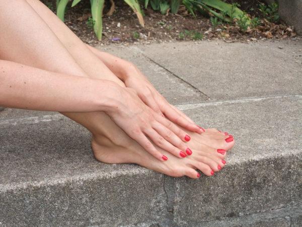 Barefoot close-up3